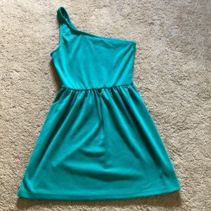 One shoulder green dress, gathered waist line